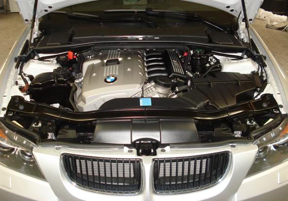 Silver-BMW-Motor